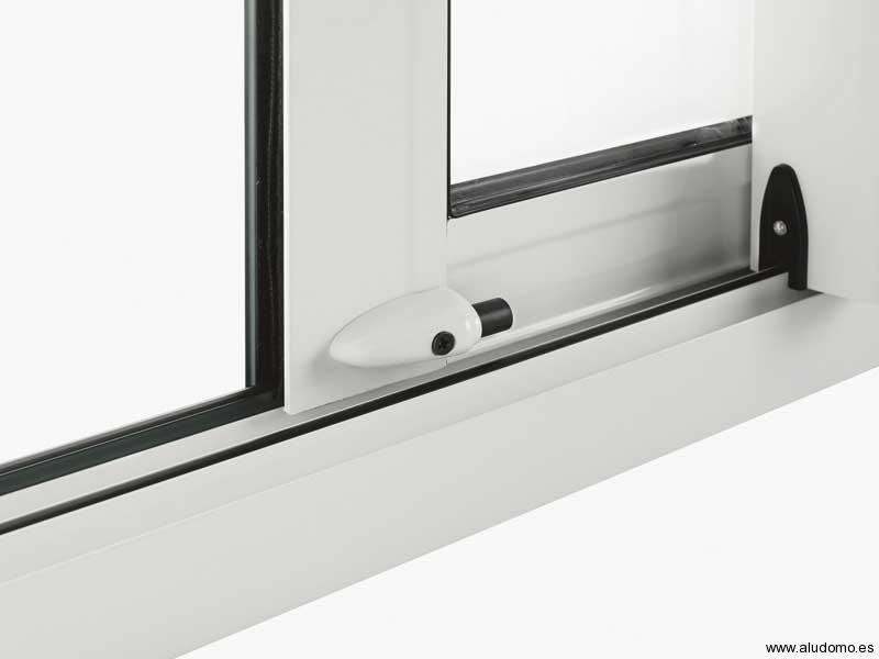 Corredera kl c aludomo for Seguridad ventanas correderas
